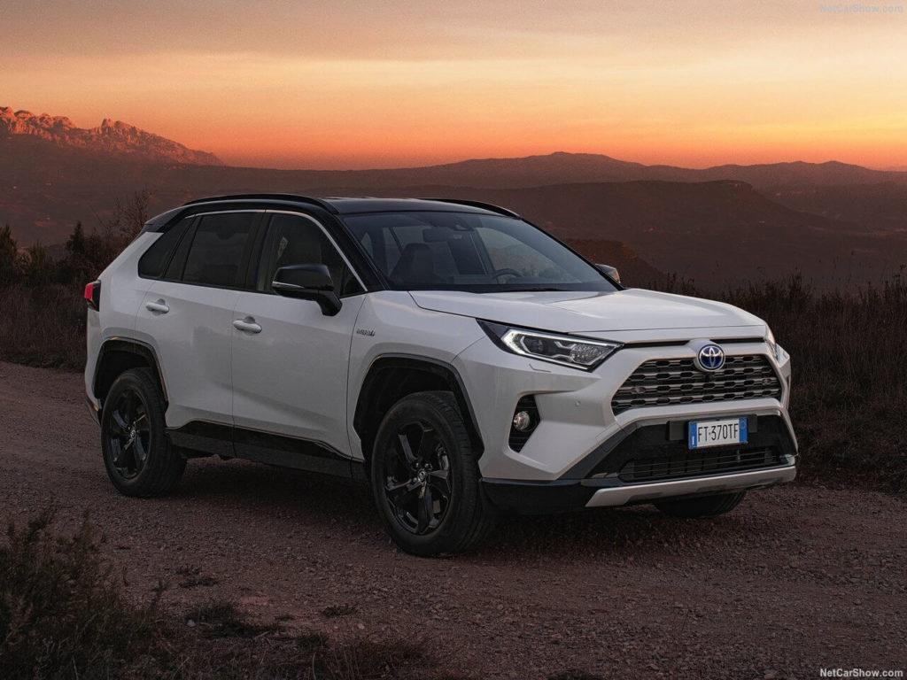 Toyota-RAV4_Hybrid_EU-Version-2019-1280-01