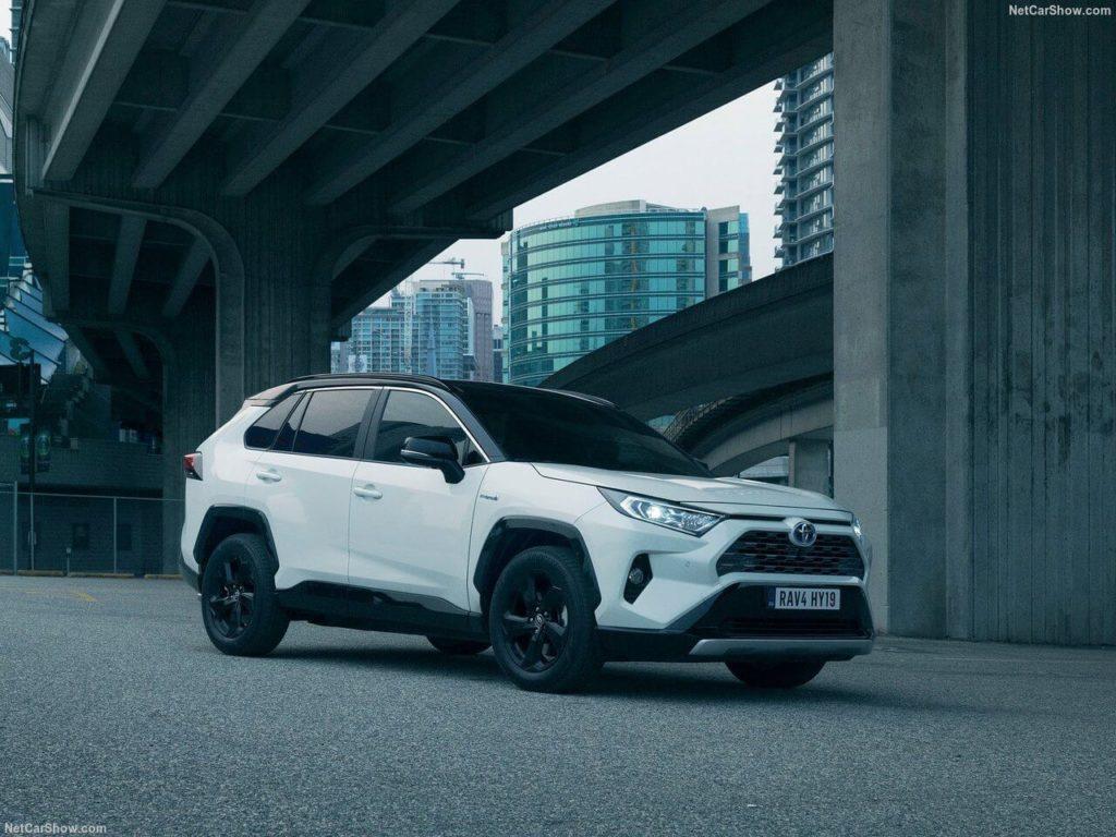 Toyota-RAV4_Hybrid_EU-Version-2019-1280-04