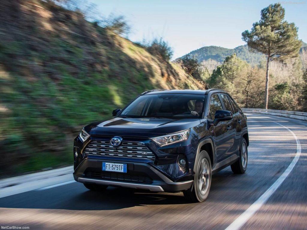 Toyota-RAV4_Hybrid_EU-Version-2019-1280-10